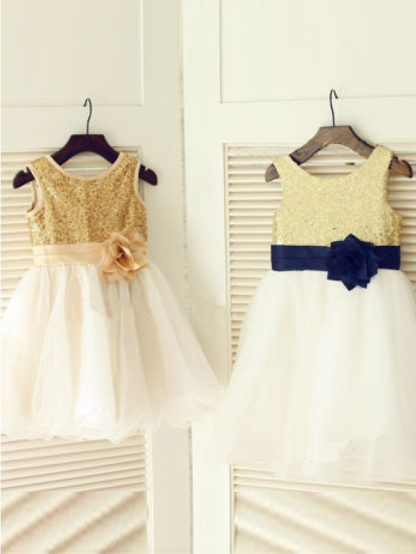 A-line/Princess Scoop Hand-Made Flower Long Tulle Dress