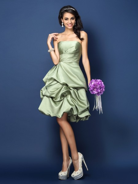 A-Line/Princess Strapless Ruched Short Satin Bridesmaid Dress