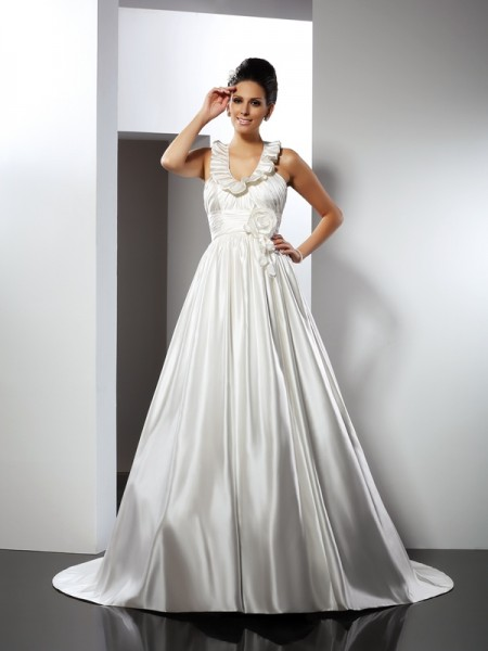 A-Line/Princess Halter Long Satin Wedding Dress