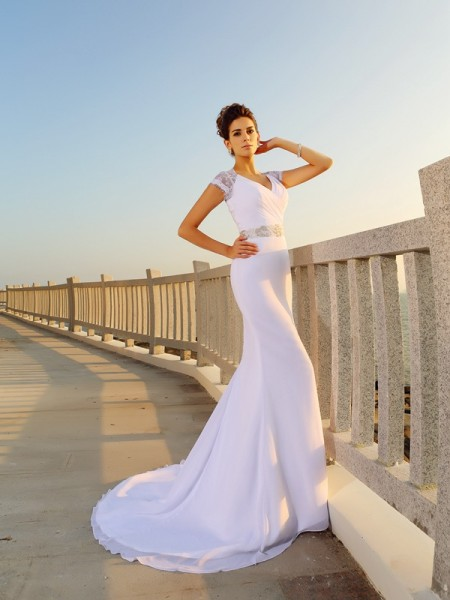 Sheath/Column V-neck Beading Beach Wedding Dress with Long Chiffon