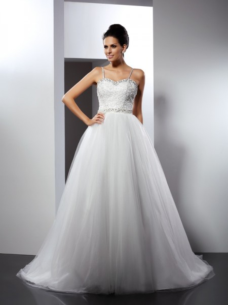 A-Line/Princess Spaghetti Straps Beading Long Tulle Wedding Dress