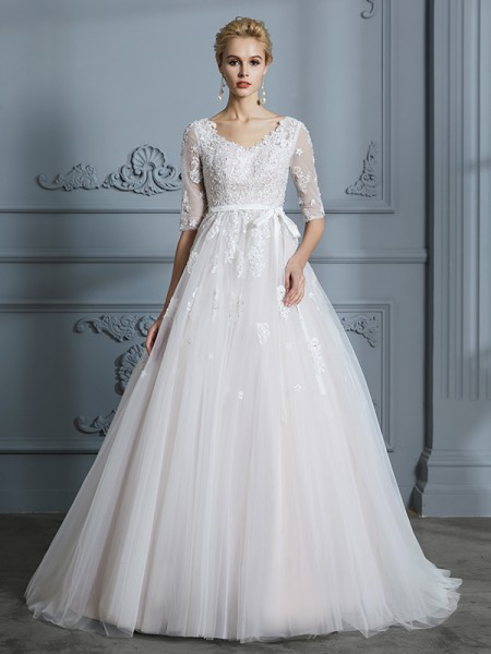 Ball Gown V-neck Court Train 1/2 Sleeves Lace Tulle Wedding Dress