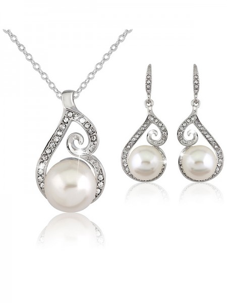 Fancy Alloy With Pearl Bridal Jewelry