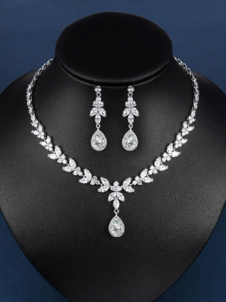 Charming Zircon Hot Sale Jewelry With Water Drop