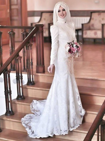 Trumpet/Mermaid High Neck Long Sleeves Sweep/Brush Train Wedding Tulle Dresses with Lace