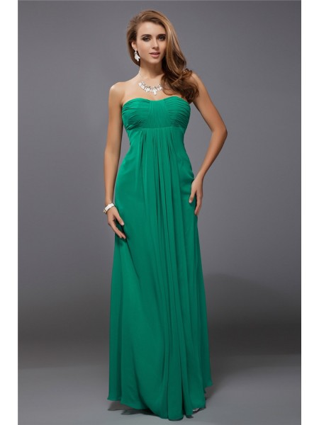 Sheath/Column Strapless Ruffles Chiffon Bridesmaid Dress