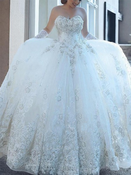 Ball Gown Sweetheart Tulle Sleeveless Cathedral Train Wedding Dress